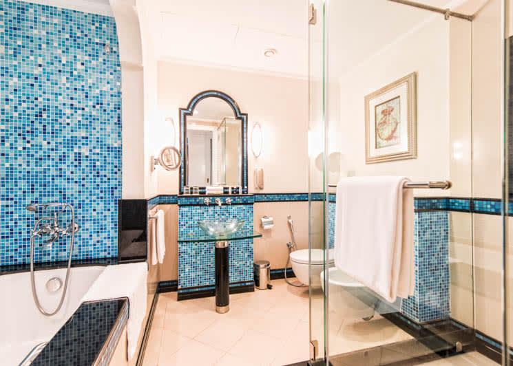 Tower Ocean front bathroom