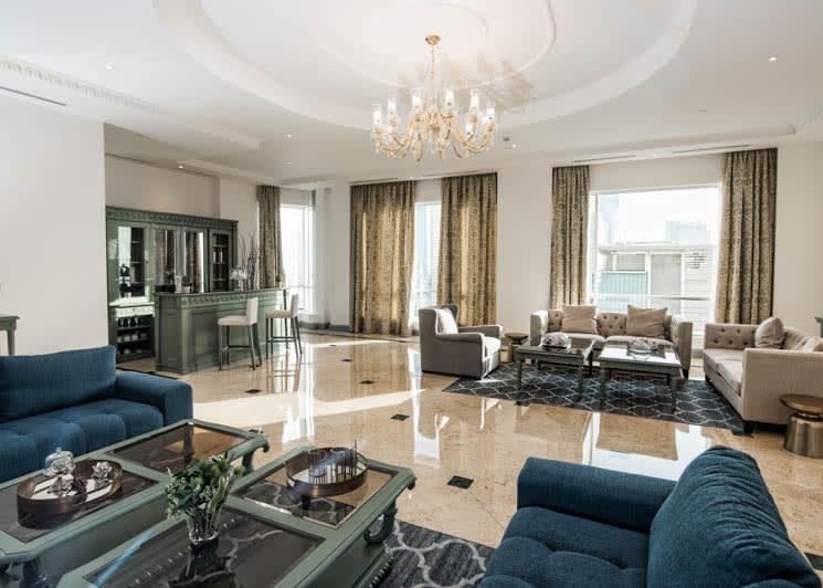 Royal Suite living