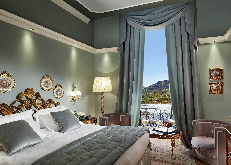 Lake View Prestige Room