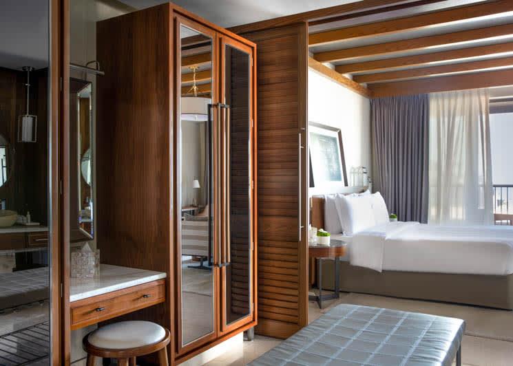 Jumeirah Al Naseem   Family Suite Bedroom