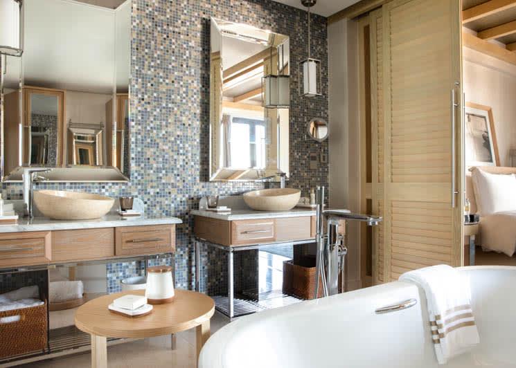 Jumeirah Al Naseem   Ocean Terrace Suite Bathroom