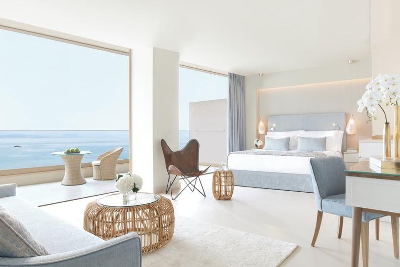 Panorama Junior Private Garden Suite Sea View 792x528