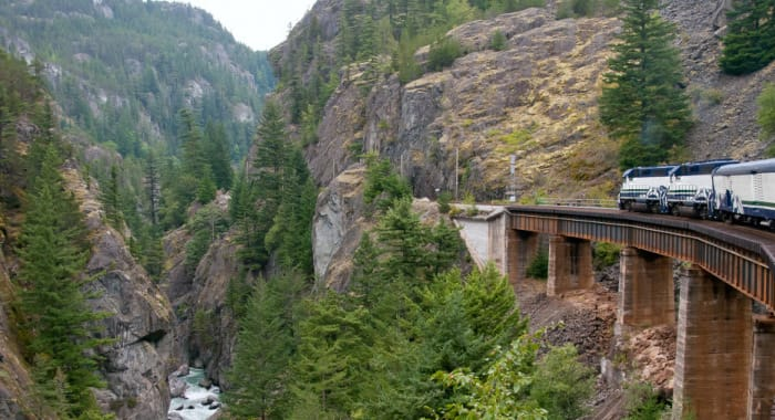 Glass donw coaches ob the Rocky Mountaineer