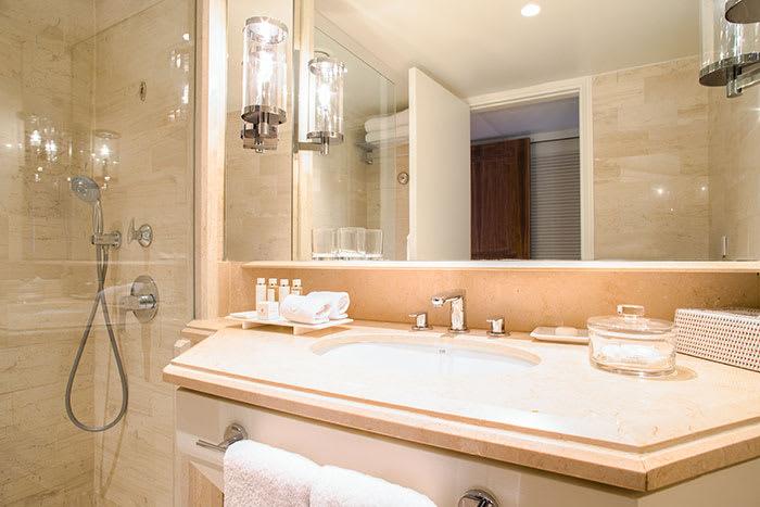 Annabelle Standard Bathroom