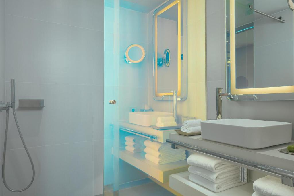 Cosy Room bathroom