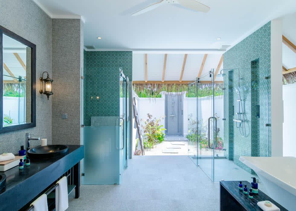 Private pool villa bathroom