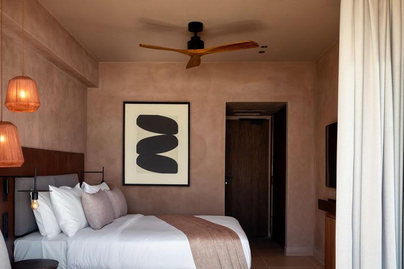 Sapphire Retreat Bed area