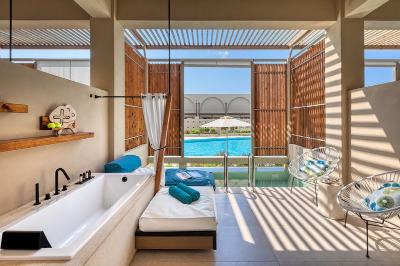 Upbeat Retreat Pool View with Plunge Pool Terrace