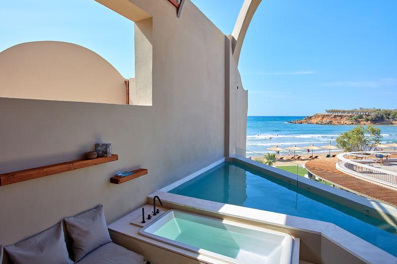Sublime Loft Suite, Sea View with Plunge Pool
