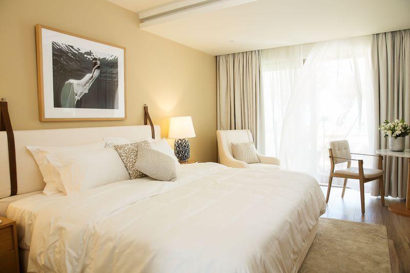 Emerald Suite Sea View Bedroom