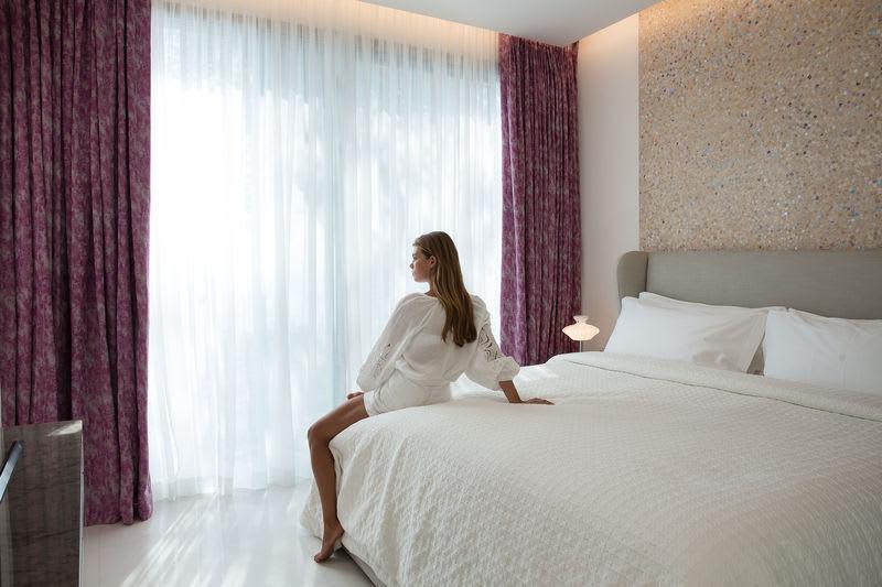 HRH Pearl Bedroom