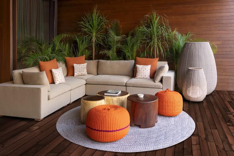 Beachfront Pool Suite Living Room Area