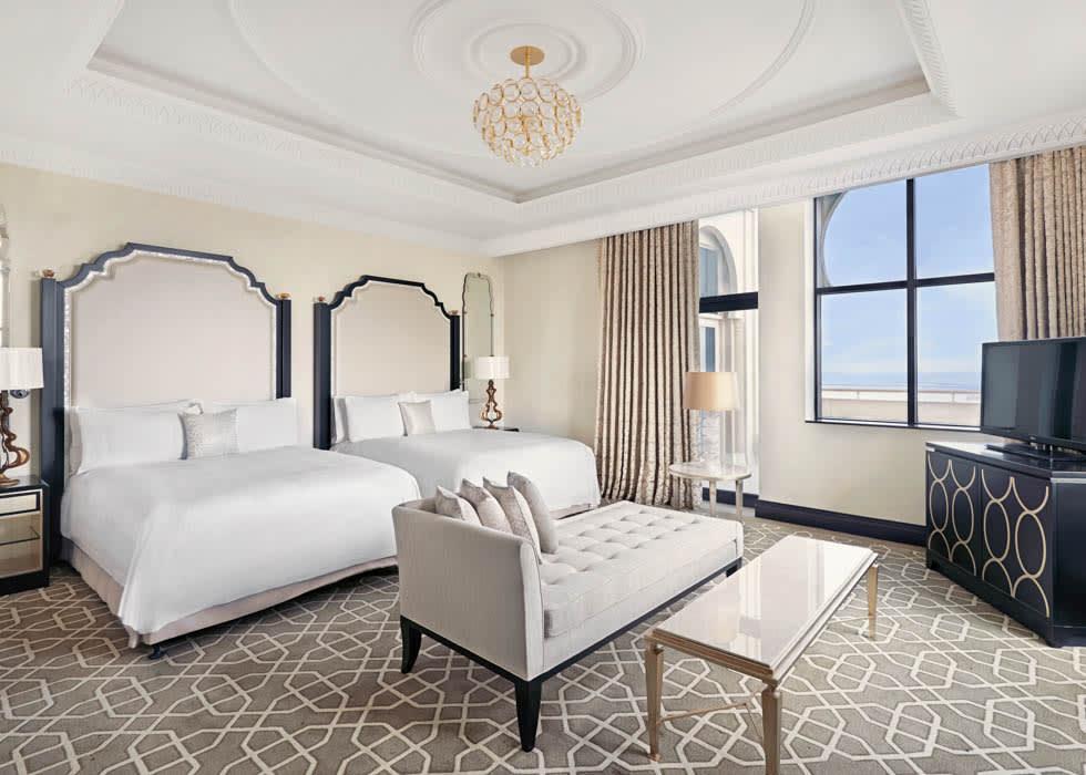 Royal Suite Queen Bedroom