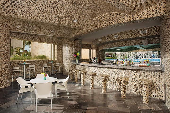 Grottos Bar