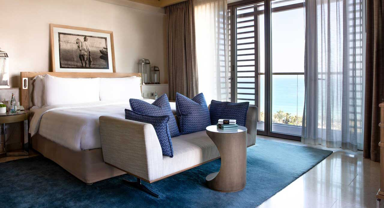 Hotel room with views over the sea