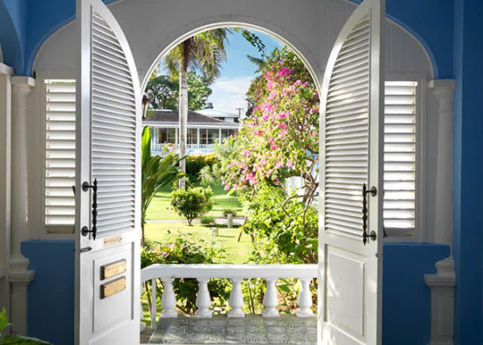 Suite 21 entrance