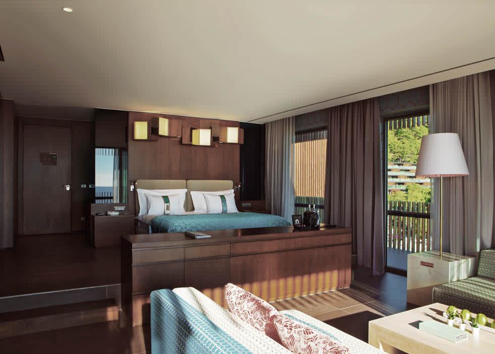 MRK suite bedroom