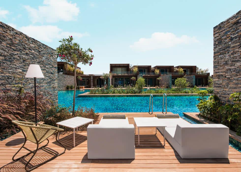 Maxx Laguna Villa One bedroom deck
