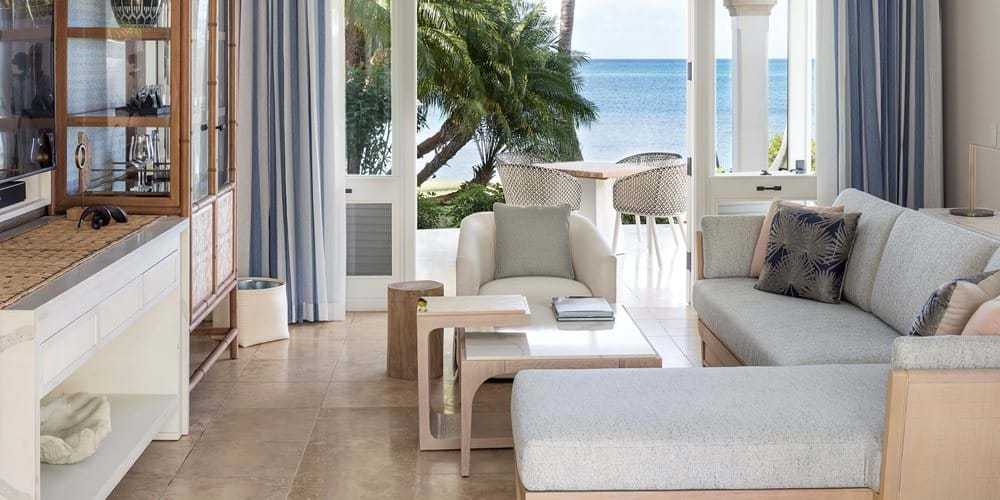 Beachside suite living room