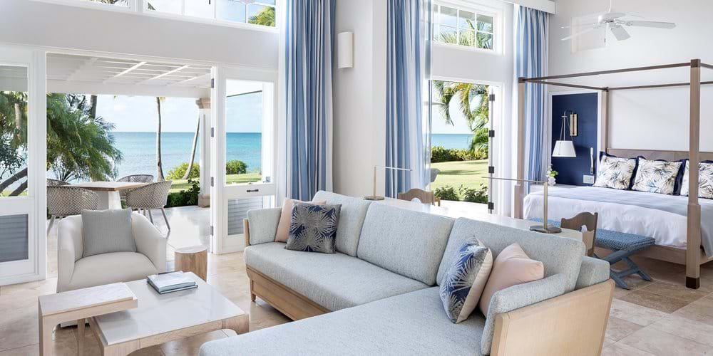 Beachside suite livingroom to bedroom
