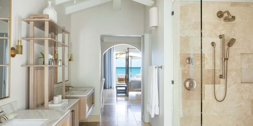 Pool suite bathroom