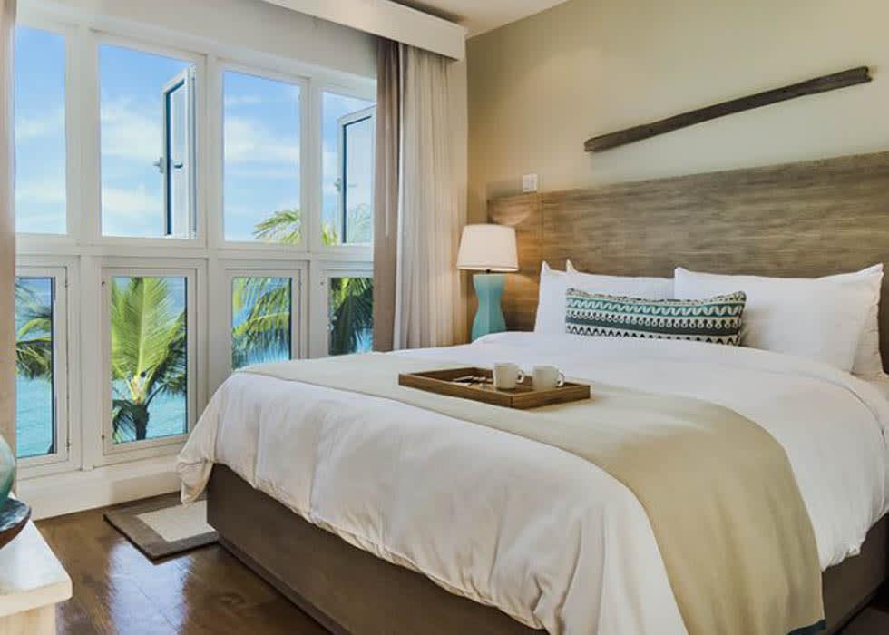 Ocean Front split level bedroom