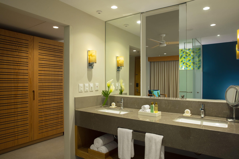 Junior Suite – bathroom