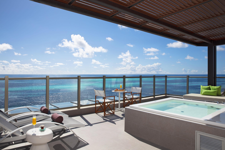 Preferred Club Master Suite Ocean Front Terrace