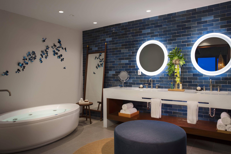 Preferred Club Presidential Suite – Bathroom