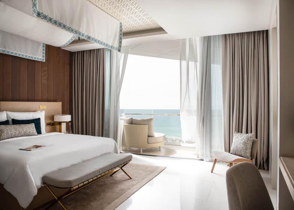 Abu Dhabi Suite   King Bedroom