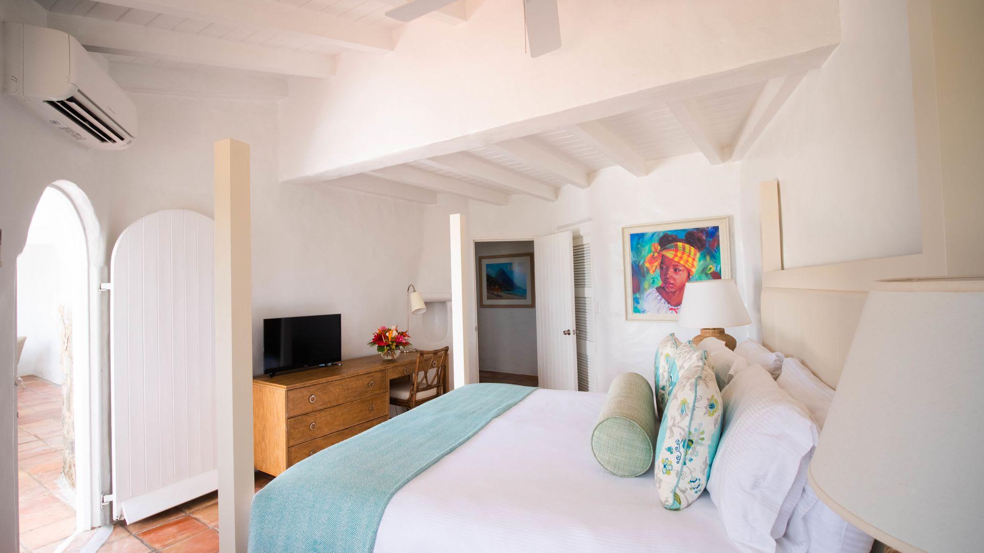 One Bed Ocean View Villa bedroom