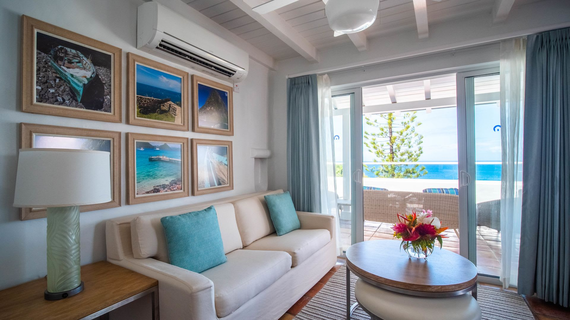 One Bed Ocean View Villa lounge