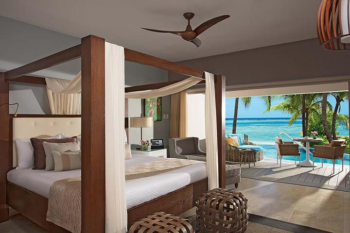 Junior Suite Swim-Out Ocean View