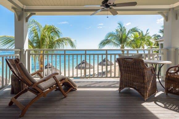 Beachfront Balcony Junior Suite