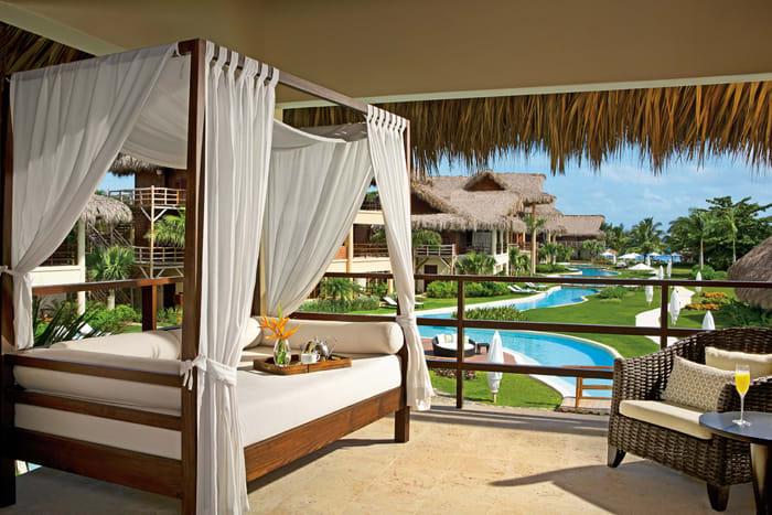 Romantic Jr Suite Garden View