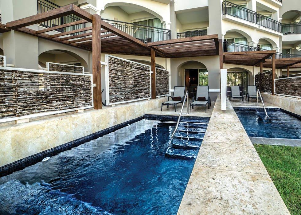 Preferred Club private pool suite