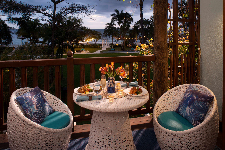 Tropical Beachfront Concierge Double