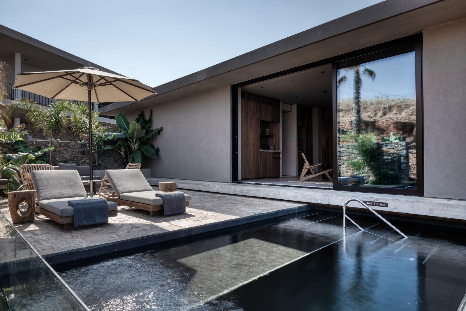 The Villa Outdoor Pool