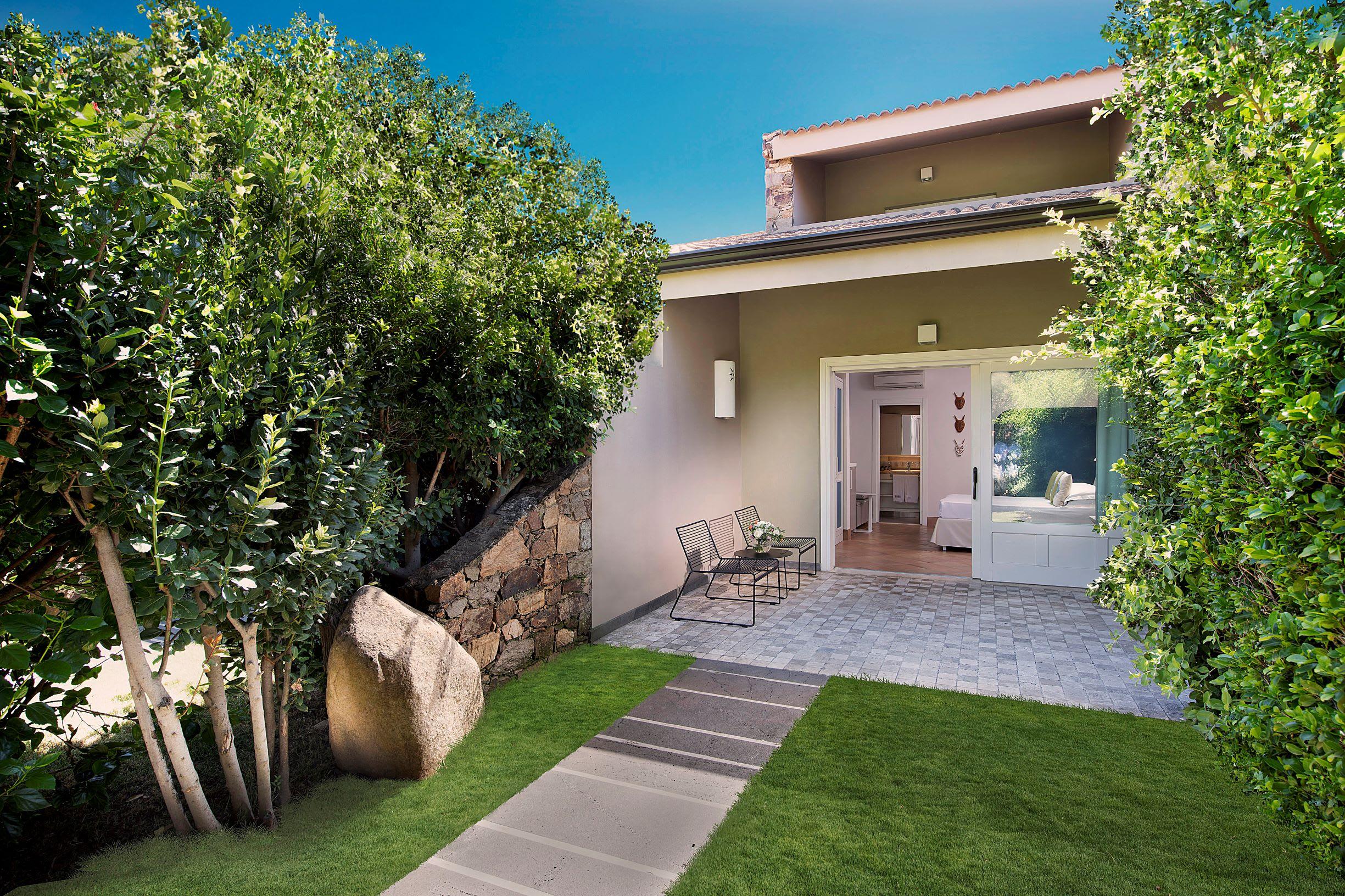 Pool Cottage Exterior