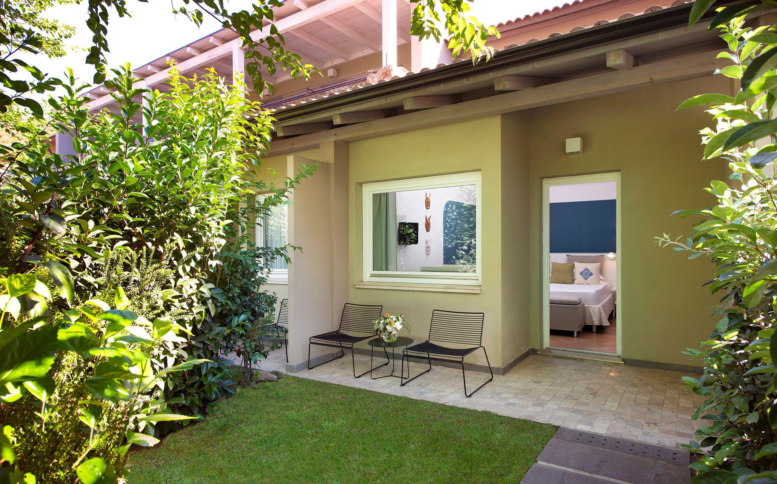 Garden Double Cottage Exterior