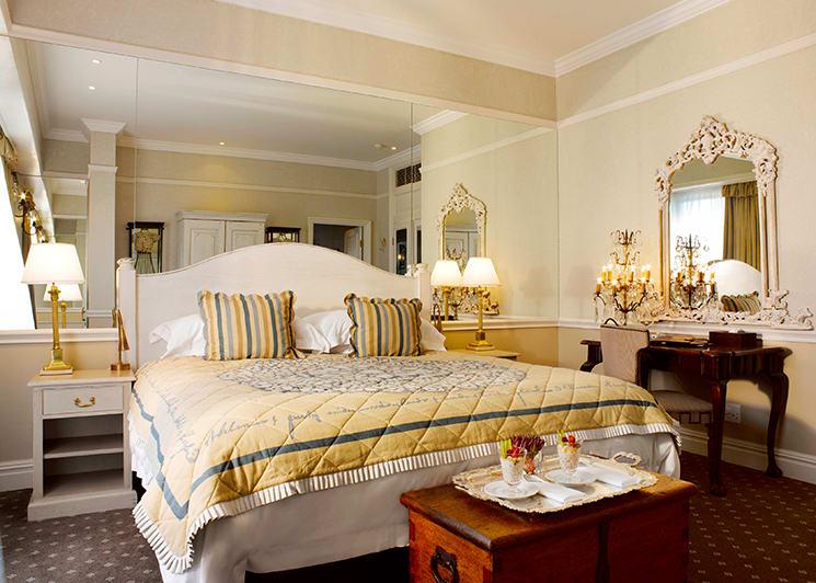 Cape Grace Penthouse Bedroom