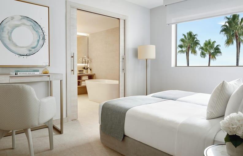 Deluxe Two Bedroom Suite Sea View  Children's room