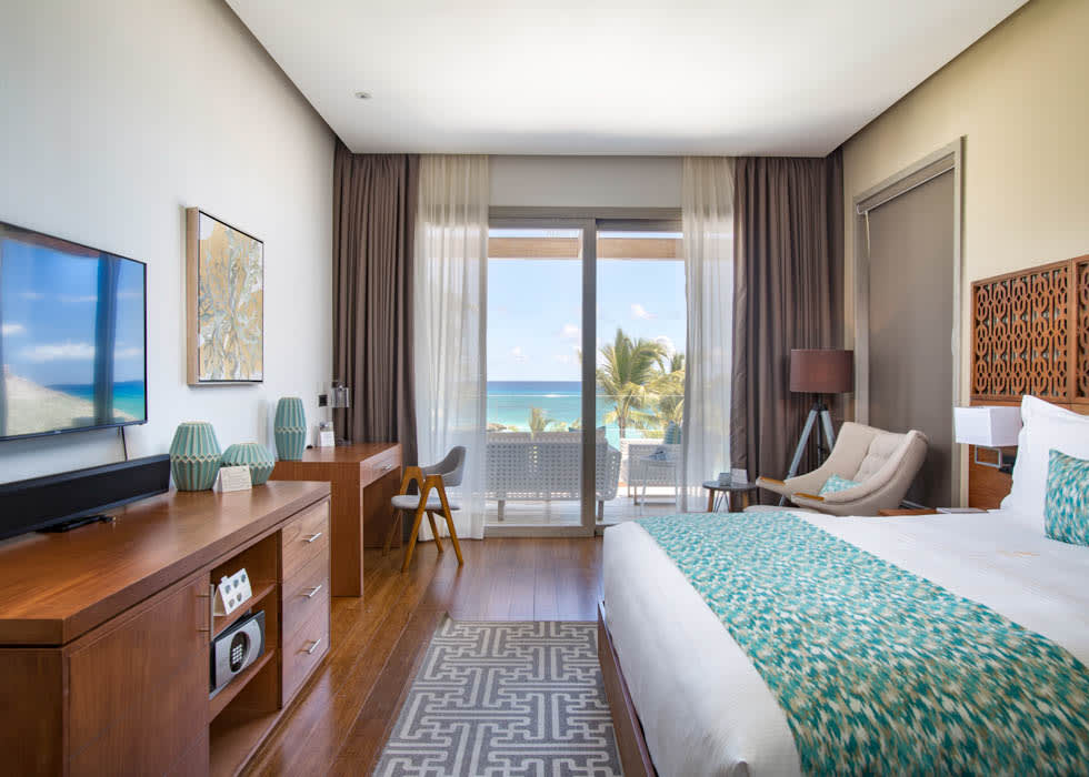 Beachfront Master bedroom