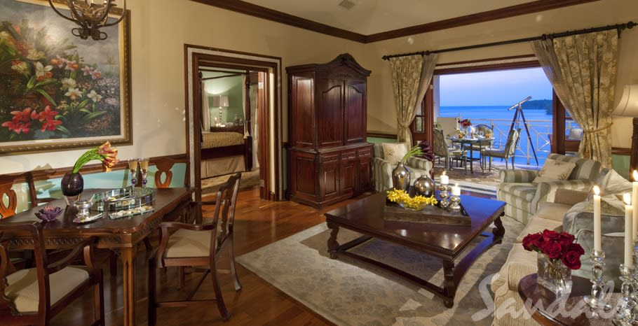 Imperial Oceanfront bedroom