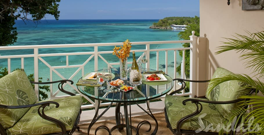 Royal Oceanfront balcony