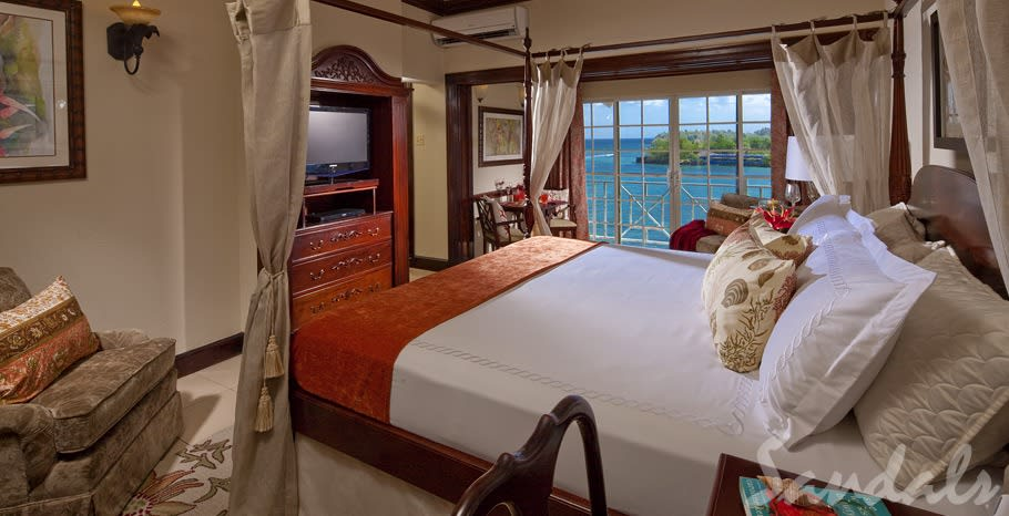 Viceroy Honeymoon Suite