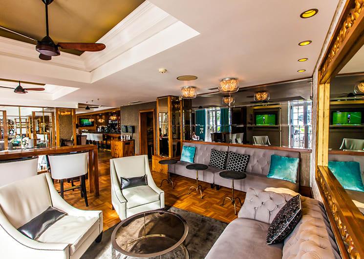 Winchester Mansions Harveys Bar