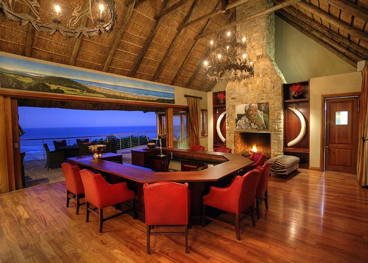 Oceana Beach & Wildlife Main Lodge Bar Area