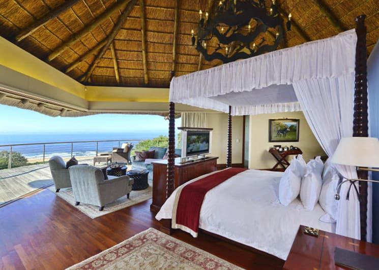 Oceana Beach & Wildlife Ocean Suite Bed
