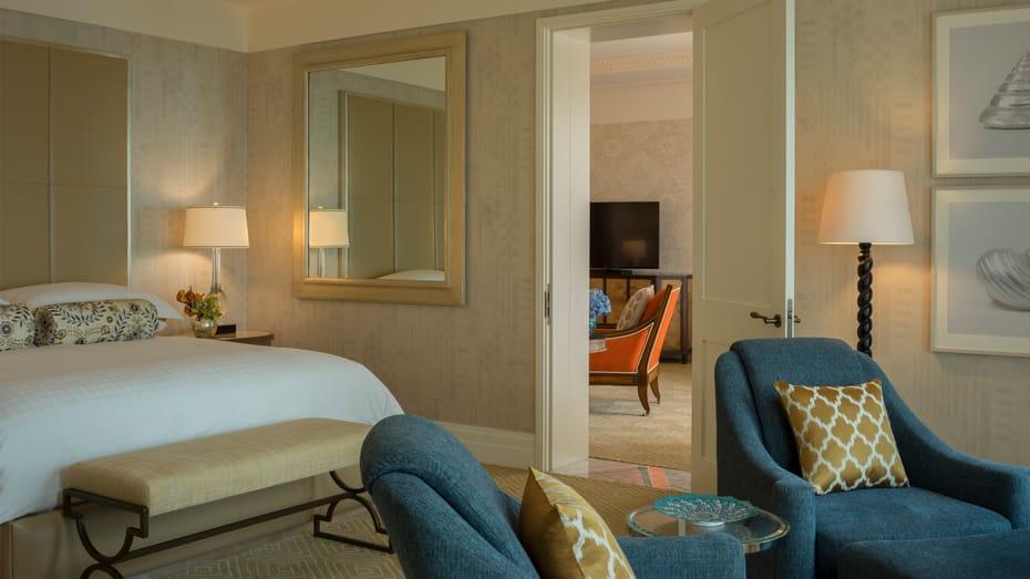 Jumeirah Sea View Suite bedroom